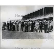 1932 Press Photo Kentucky Derby People Ground - RRQ44545
