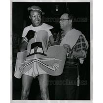 1951 Press Photo Kid Gavilan with Trainer - RRQ09601