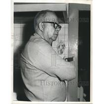 1965 Press Photo Albert Cunningham, Husband of murdered woman in West End