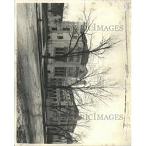 Press Photo Cathedral High School Building Ground Trees - RRX95019