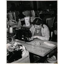 1957 Press Photo Sewing soles Machine Miguelita Reyna - RRX65843