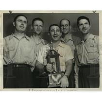 1947 Press Photo Bowling Team with Trophy - abns07361