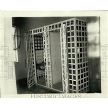 1925 Press Photo Shorewood, Wisconsin's Movable jail in use by Police Department