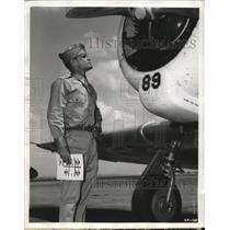 1942 Press Photo Aviation Cadet John Kaye receives training at Kelly Field