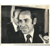1972 Press Photo Yogi Berra named new manager of NY Mets at Shea Stadium