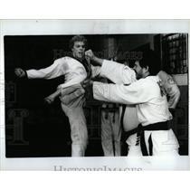 1986 Press Photo Robert Horvath Kim Karate Detroit Belt