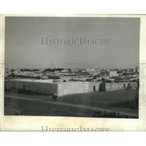 1943 Press Photo Kairouan, Tunisia's abandoned Nazi supply station - mjc15227