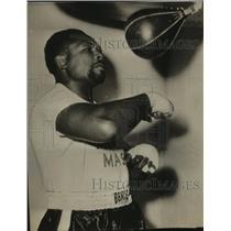 1956 Press Photo Boxer Muts Patterson - sas13290