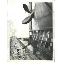1942 Press Photo Maryland yard appliefinal coat grease - RRW43613