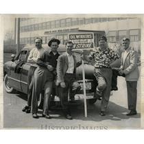 1952 Press Photo Oil Strike - RRW61333