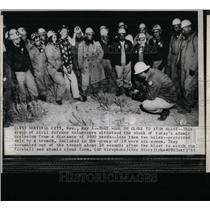 1955 Press Photo civil Defence Volunteers Survival Form - RRY74413
