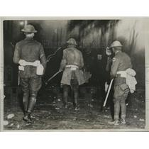 1934 Press Photo Ohio National Guardsmen Flight Strikers of Electric Auto Lite
