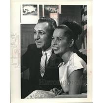 1961 Press Photo Actor Forrest Tucker with Fiancee, Marilyn Fisk - mjc23624