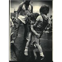 1986 Press Photo Christopher Moves In On Jason Aulenbacher At Tournament