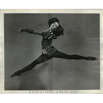 1957 Press Photo Ballerina Lupe Serrano of the American Ballet Theater 3d508193b1