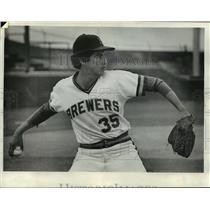 1975 Press Photo Milwaukee Brewers baseball pitcher, Bill Castro - mjt01510