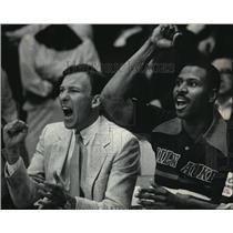 1985 Press Photo Milwaukee Bucks - Mike Dunleavy and Paul Thompson - mjt00819