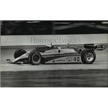 1987 Press Photo Mario Andretti practices before start of qualifying race