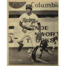 1982 Press Photo San Antonio Dodgers baseball player mark Sheehey - sas14691