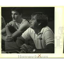 1983 Press Photo San Antonio Spurs basketball coach Morris McHone - sas14027