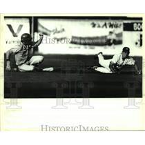 1993 Press Photo San Antonio Missions and Jackson play minor league baseball