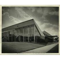 Press Photo J.W. Hoffman School in New Orleans - nob44404