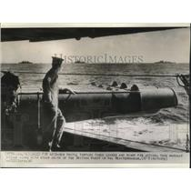 1941 Press Photo British warship loaded with torpedo tubes in the Mediterranean