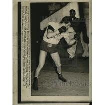 1957 Press Photo French Boxer Alphonse Halimi Works Out at Santa Monica Gym