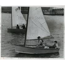 1956 Press Photo Sailboats racing despite of weather at Milwaukee Yacht Club