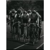 1967 Press Photo Six Bicycle Racers Head To The Finish Line At Brown Deer Track