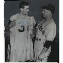 1954 Press Photo New York Giants baseball's Paul Giel and Manager Leo Durocher