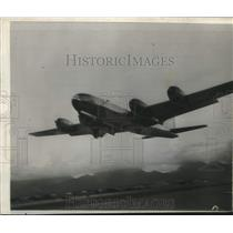 1946 Press Photo U.S Army B-29 Pacusan Dreamboat at Honolulu-Cairo Hop