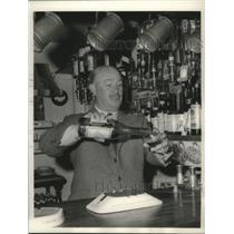 1984 Press Photo James M. Quin of Basingstoke, England was pilot for a maharajah