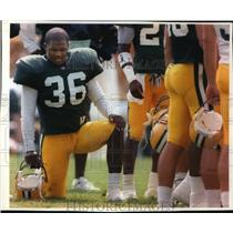 1994 Press Photo Green Bay Packers football player, LeRoy Butler, ready to play