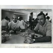 1972 Press Photo Green Bay Packers football players, Carroll Dale and Doug Hart