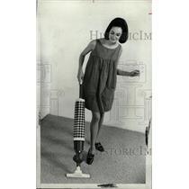 1968 Press Photo Regina Corp Electrickboom Pattern care - RRW75239