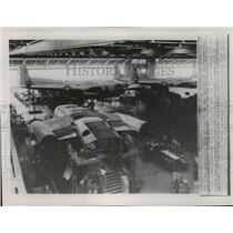 1953 Press Photo production line at Willow Run factory of Kaiser Co, Detroit