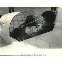 "1966 Press Photo Student pilot Yutaka Ito in a Pedal Plane, the ""Linnet"""