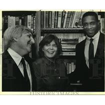 1985 Press Photo Basketball player Alvin Robertson and Drs. Tom and Lynette Long