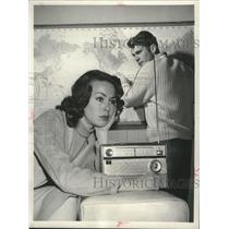 "1960 Press Photo Barbara Rush and Don Murray in ""Alas, Babylon"" - mjp31593"