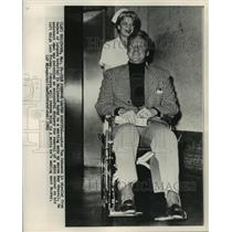 1963 Press Photo Hollywood-Van Johnson wheeled from hospital by Kay Connell