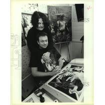 1994 Press Photo Louisiana Illustrator & Writer Create Metallic Bliss Comic Book