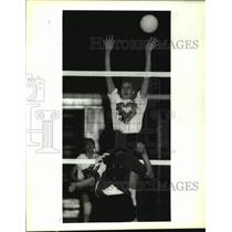 1993 Press Photo Chapelle and Riverdale Volleyball Game - nob55315