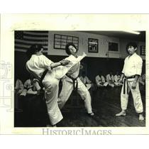 1979 Press Photo Students sparring in a Karate class - nob56389
