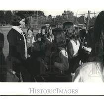 1971 Press Photo Mrs. Harold Crane, supervisor of Little Farms cheering program
