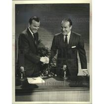 18 Press Photo Jack Paar and Bob Hope on Bob Hope's comedy special. - mjx69266