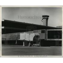 1969 Press Photo Jet bridge at Houston Intercontinental Airport - hca34987