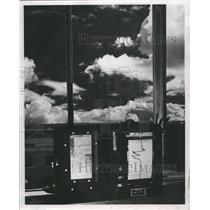 1952 Press Photo Weather Forecasting - RRW50415