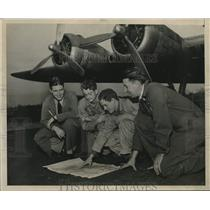 Press Photo Flight crew studies map at Schenectady, New York airport - tua17163