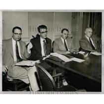 1954 Press Photo Detroit Communism School Board Hearing - RRW90691